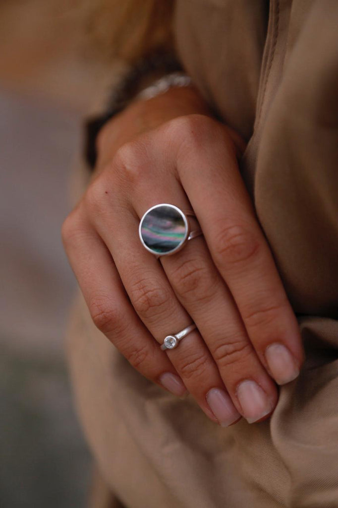 Dark Mother of Pearl Ring