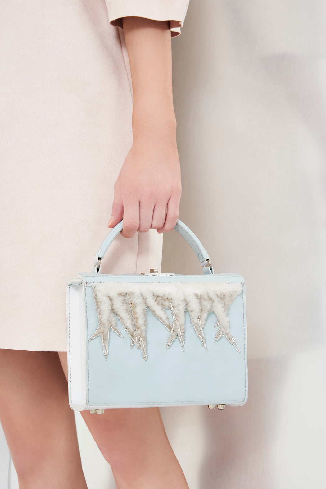 FLUFFY SNOW handbag