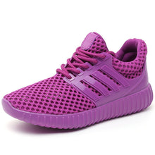 2017 Women's Breathable Mesh Trainer