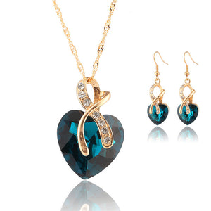 Crystal Heart Necklace & Earrings Jewellery Set - The Deal Finder