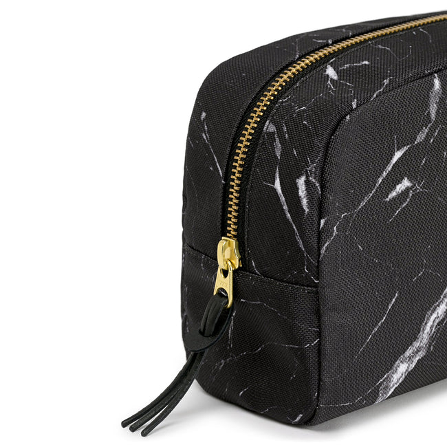 TOILETRY BAG, BLACK MARBLE