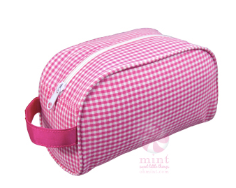 Hot Pink Gingham Traveler