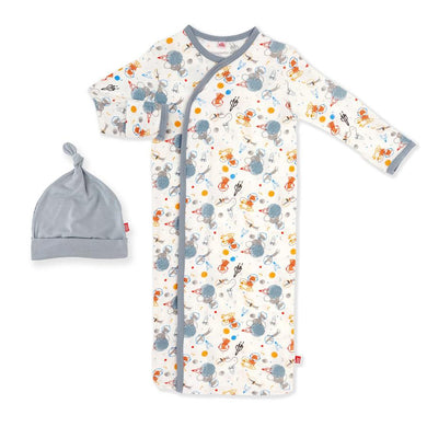 Astro Pups Modal Magnetic Gown & Hat Set
