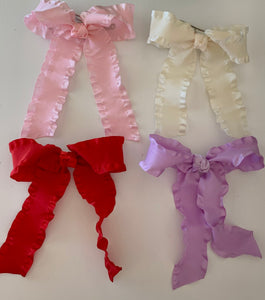 Long Crinkle Tail Bow