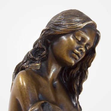 Seashore Woman - Bronze Crystal Sculpture by Ebano