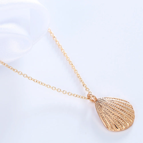 gold silver Vintage Shell pendant Necklace