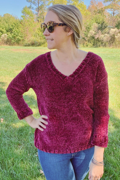 Oversized V-Neck Pullover ~ Plum