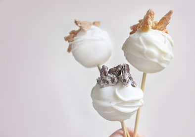 Cannoli Chip Cake Pops Recipe