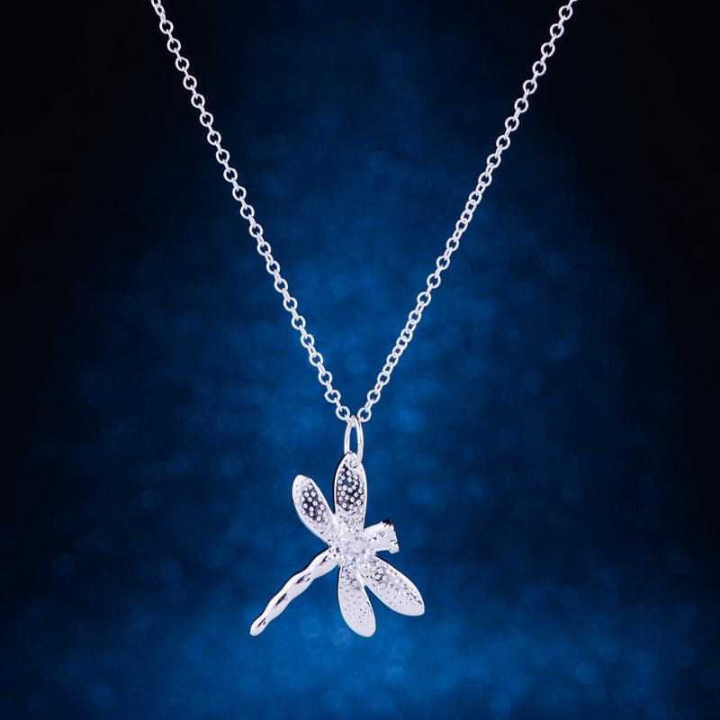 Light Silver Plated Dragonfly Pandant Necklace