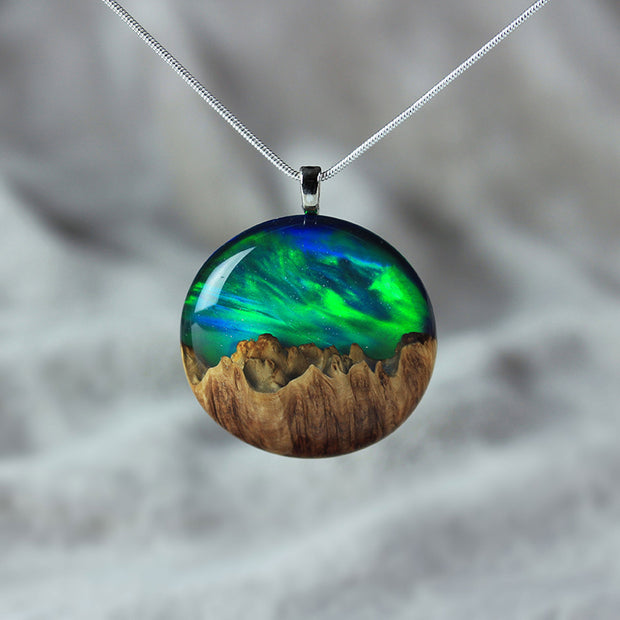 Aurora Opal Necklace - Round
