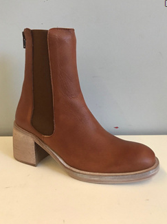 Essential Chelsea Boots (Whiskey) FREE PEOPLE