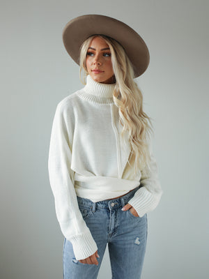 Knotted Sweater (Ivory)
