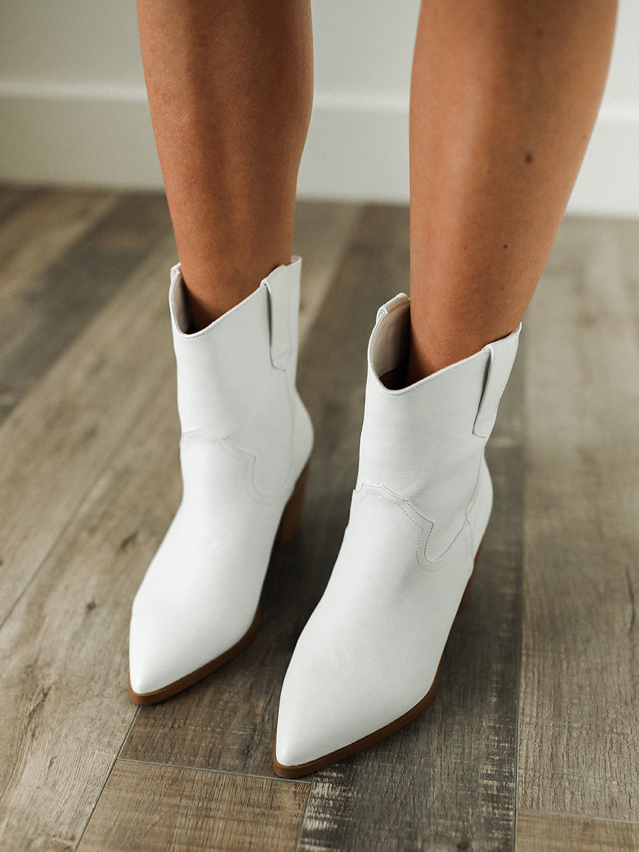 True North Boots (White)