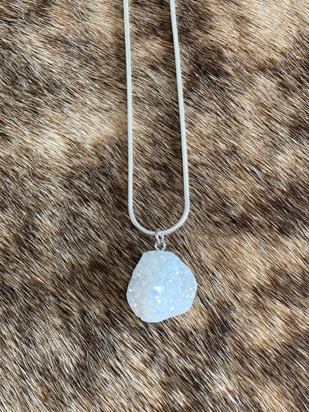 Rough Cut Druzy Pendant Necklace - The Diamond Spur Boutique