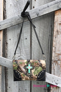 Camo Cross Body Clutch - The Diamond Spur Boutique
