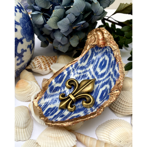 Signature Oyster Shell Jewelry Dish Blue White Geometric Pattern