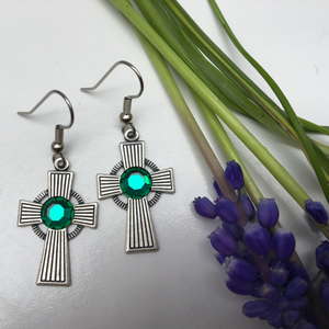 Irish Celtic Cross Stripe Pattern Earrings Silver with Emerald Crystal