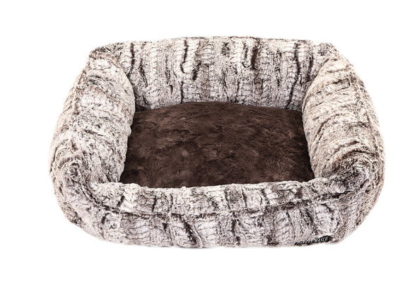 Gator with Grey Rabbit Lounge Bed