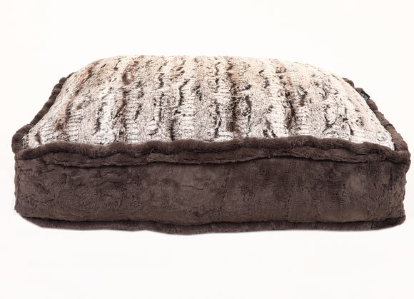 Gator with Cream Mink Rectangle Bed