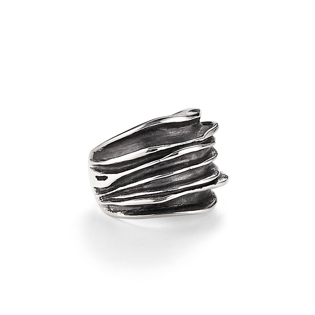 Wide Waves Ring