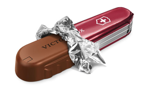 chocolate-swiss-army-knife-fathers-day-gift-maple-chocs
