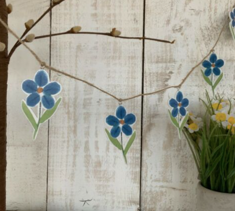 Gisela Graham Forget Me Not Decorative Garland