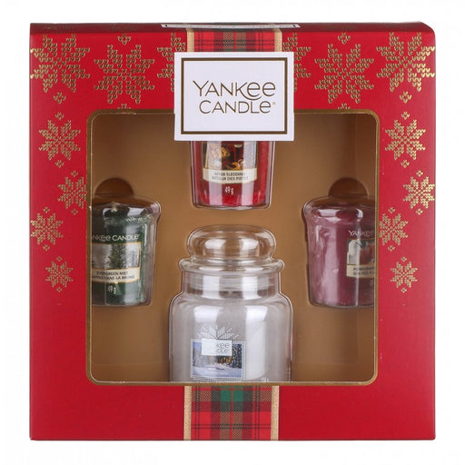 Yankee Candle Alpine Christmas Small Jar With Three Votives Gift Set