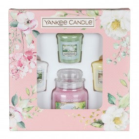 Yankee Candle Garden Hideaway Small Jar With Three Votives Gift Set