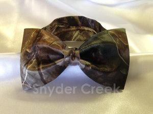Realtree Hardwoods Green Bow Tie