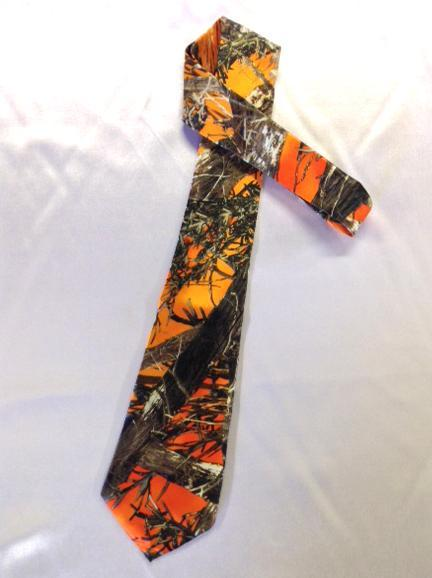 True Timber® MC2 Blaze Men's satin dress tie