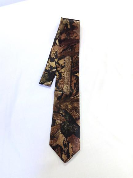 True Timber® Harvest Men's satin dress tie
