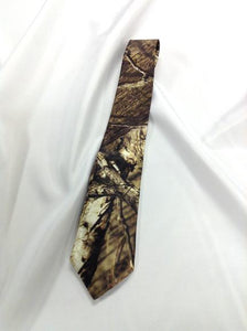 Mossy Oak® Infinity Men's satin dress tie