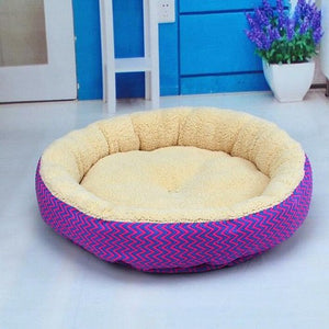 Hot Sale 2 Colors Round Soft Warm Dog House Bed Striped Pet Cat And Dog Bed Grey /Red-Blue Size S M Pet Products