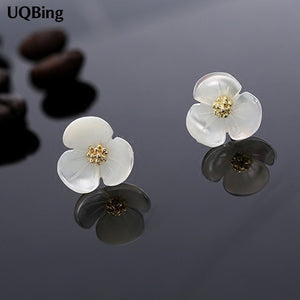 Free Shipping New Arrivals Three Leaves Clover Shell Stud Earrings For Women Jewelry Pendientes Brincos