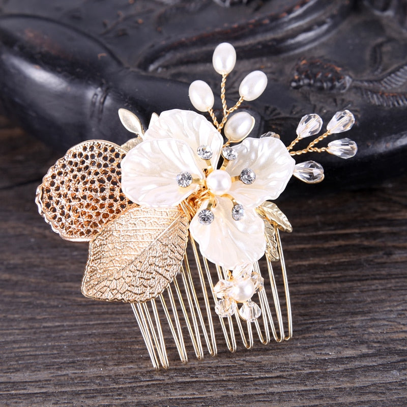 Wedding Bridal Hair Combs Vintage Gold Hairpins Prom Jewelry Flower Pattern Hair Accessories Pins Women