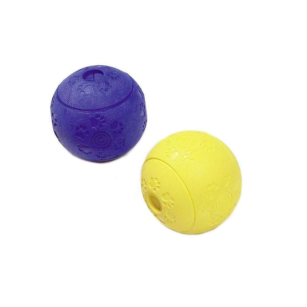 Karlie Ruffus Solid Rubber Feeding Ball  (8cm)