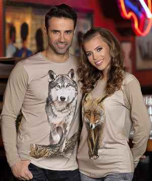 Couple wearing Wolf shirt in beige