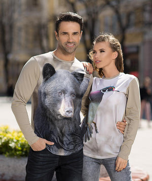 Man wearing t-shirt with Black Bear on it