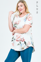 Charming Floral Plus Top - Mayebelle Boutique