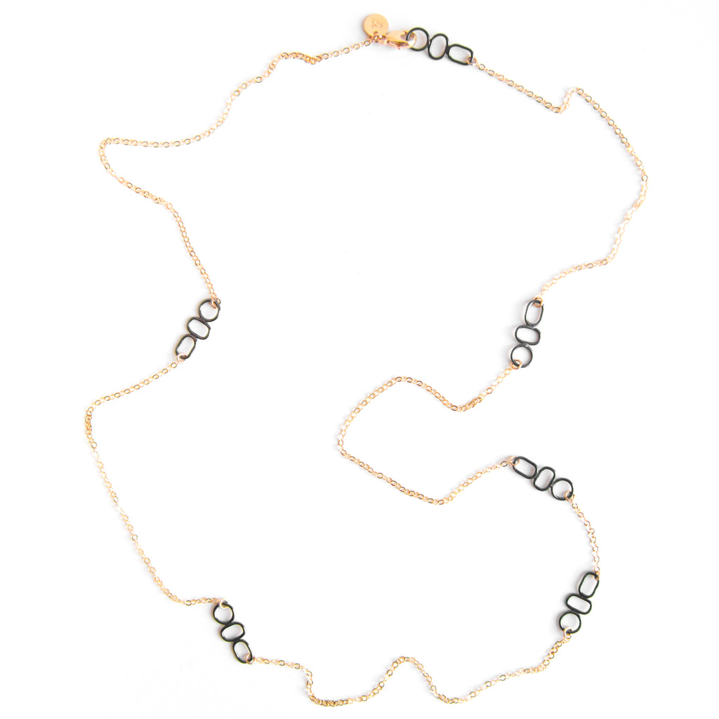 Rayen Long Necklace
