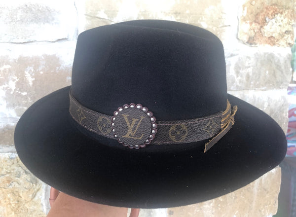 HAT W LV BAND NAILHEAD F19