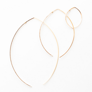 The Johnnie Wishbone SM Lace Hoop 14K
