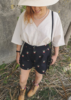 SHORTS HIGH WAIST - LINEN black with embroidery