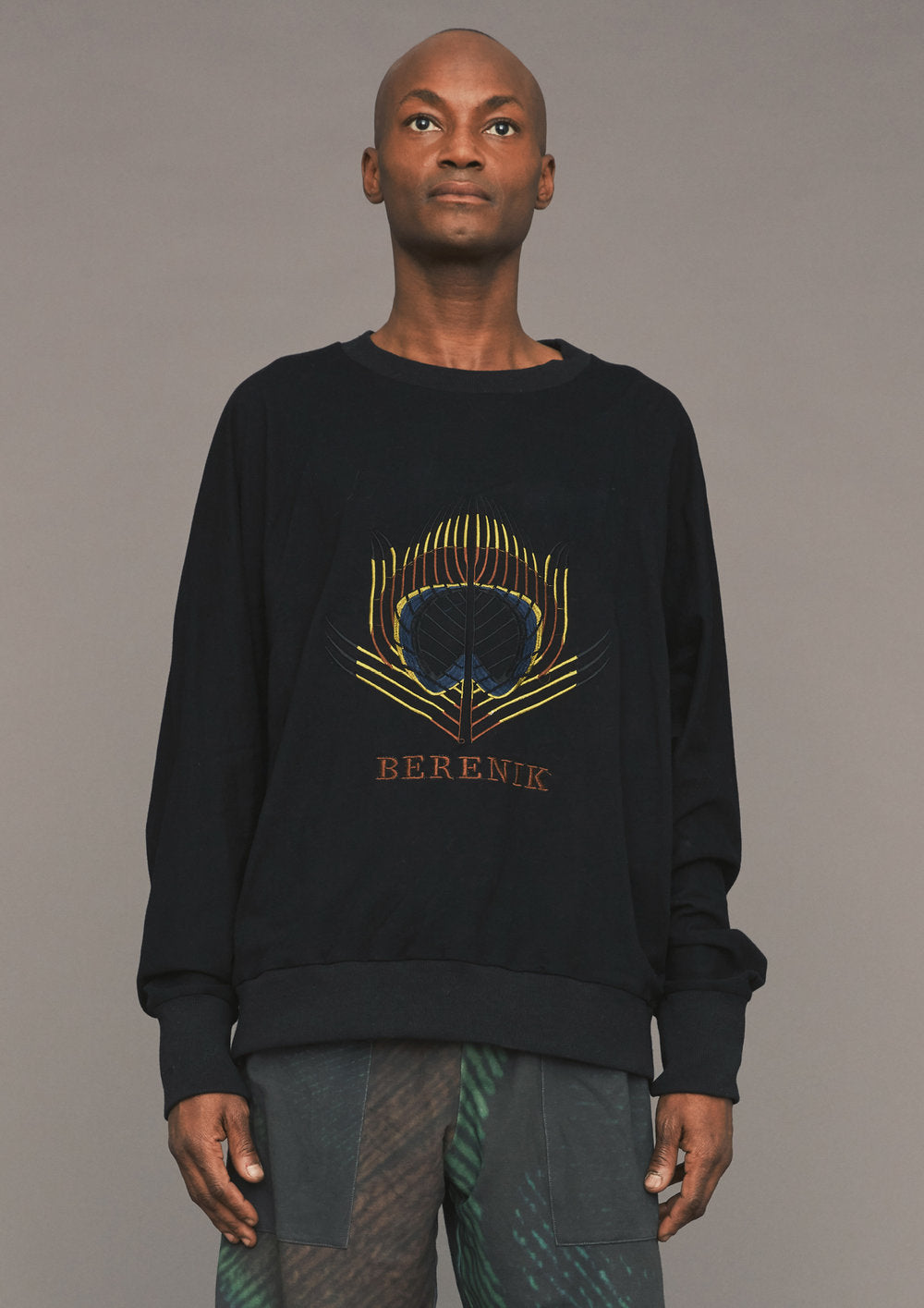 SWEATER OVERSIZED - black with logo embroidery - BERENIK