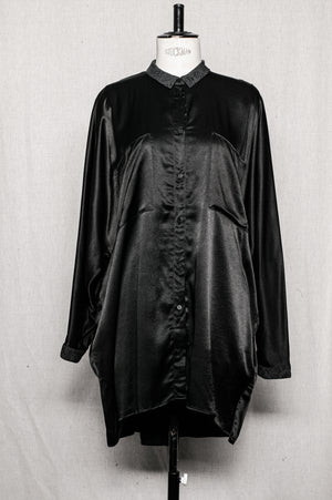 SAMPLE - BLOUSE OVERSIZE CHEST POCKETS - rayon satin black