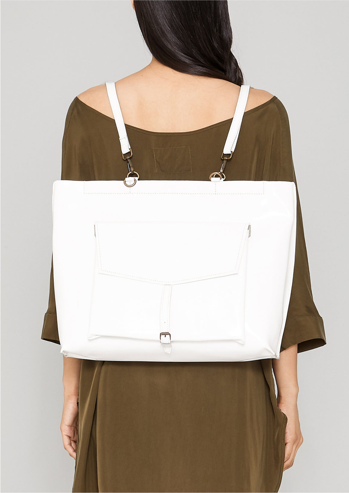 BAG/BACKPACK - PATENT LEATHER white