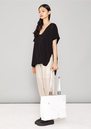 SHIRT SLEEVELESS V-COLLAR - HEAVY DRAPING black