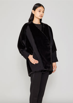 COAT ZIP - FAUX FUR black