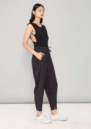 PANTS LOOSE ELASTIC- JACQUARD SATIN black snake
