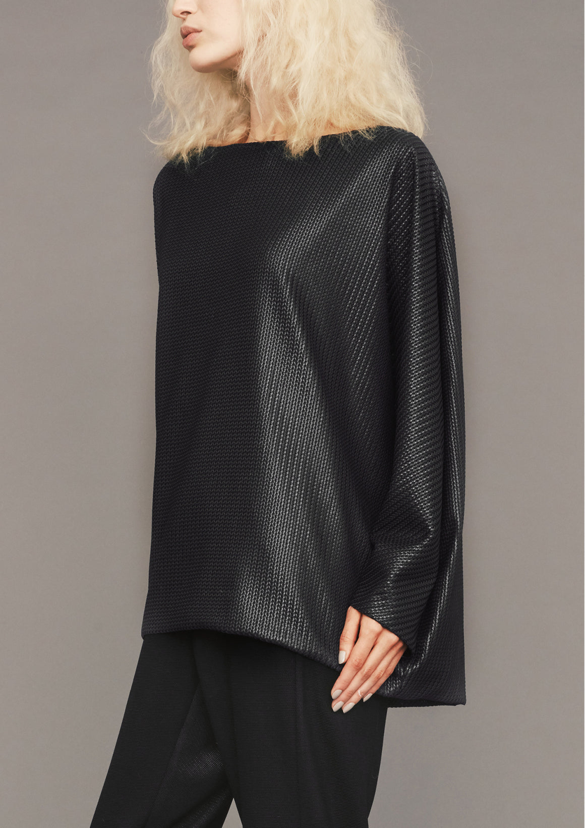 SWEATER POCKETS - FANCY TRIACETATE TECK KNIT black - BERENIK